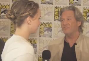 Jennifer Lawrence interviews Jeff Bridges