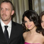 selena-gomez-fires-parents-managers